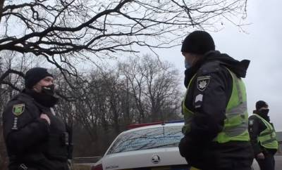 Переходил на зеленый свет: под Киевом автомобиль на большой скорости сбил ребенка, видео