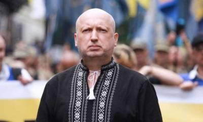 Почему Украина без боя уступила Крым России, объяснил Турчинов