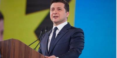 """«Когда """"большие патриоты"""" врут». Зеленский раскритиковал Порошенко и Шария в речи о рисках дезинформации"""