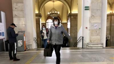 В России отказались отменять введенный из-за коронавируса масочный режим