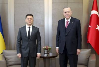 """Эрдоган на встрече с Зеленским поддержал """"Крымскую платформу"""" и назвал целью спокойствие в Черном море"""