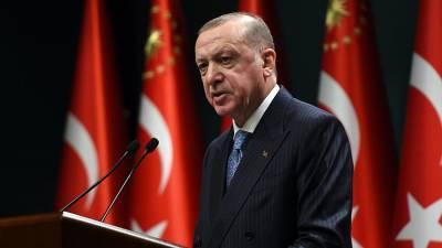 Эрдоган заявил о способствовании разрешению противоречий между Киевом и Москвой