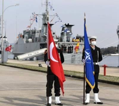 Запад подталкивает Турцию к смертельному выбору в Чёрном море — мнение