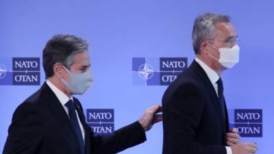 Госсекретарь США обсудил с главой НАТО ситуацию вокруг Украины