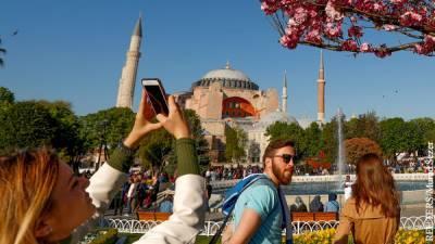 Куда поехать собиравшимся в Турцию туристам
