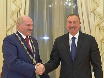 Лукашенко предложил Алиеву помощь в Карабахе