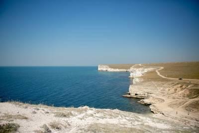 В Крыму объяснили решение закрыть часть акватории Черного моря