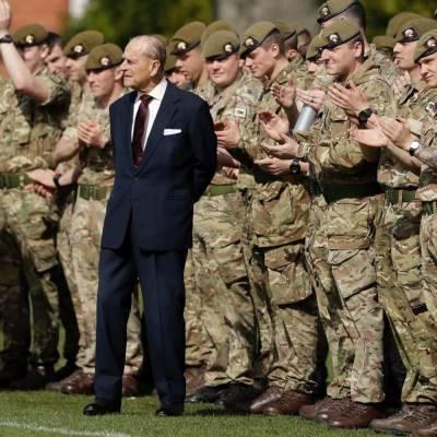 The Sun: На месте похорон принца Филиппа были замечены вооруженные люди