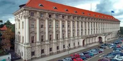 Из Чехии высылают 18 российских дипломатов