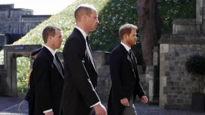 Принц Гарри и принц Уильям общались после похорон принца Филиппа вопреки прогнозам инсайдеров