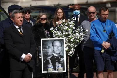 Принца Филиппа похоронили в часовне Святого Георгия в Виндзоре — видео