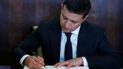 Зеленский ввел новые санкции против России