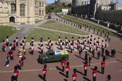 Почему принца Филиппа похоронили «временно»?