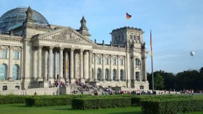 МИД Германии выступил против новых санкций в адрес России