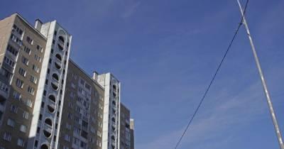 Дома, как в Европе: в Киеве местные жители самостоятельно ремонтируют подъезды многоэтажки