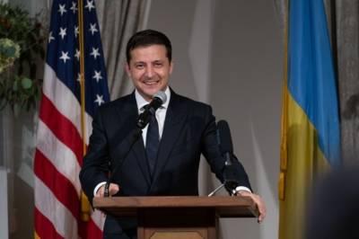 В Киеве молятся, чтобы Зеленский встретился с Байденом раньше Путина