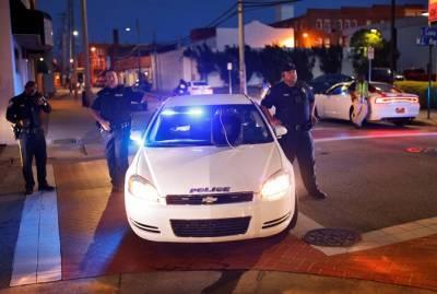 В США стрелок убил пятерых человек, в том числе двоих полицейских