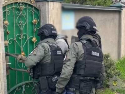 Крищенко: В Киеве полицейские пресекли деятельность четырех нарколабораторий, пяти притонов и установили 20 причастных к ним лиц