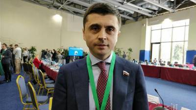 Депутат Госдумы заявил, что искоренить на Украине русский язык невозможно