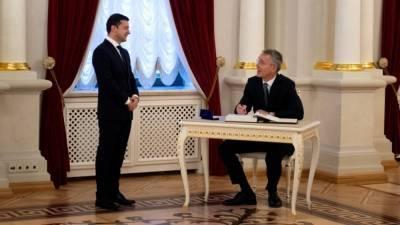 Зеленский заявил, что членство Украины в НАТО остановит войну в Донбассе
