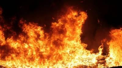 Видео с места ЧП в воинской части в Дагестане, где загорелся танк