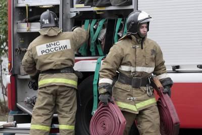 Взрывы в Буйнакске прогремели из-за пожара танка в воинской части