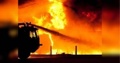 В России загорелся и взорвался боевой танк: момент попал на видео