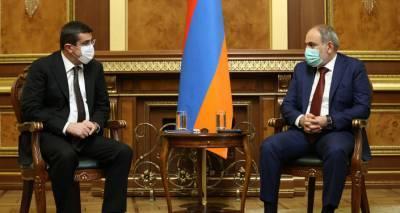 Пашинян рассказал главе Карабаха об итогах переговоров с Путиным