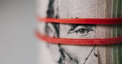 Привет от русских: болгары предрекли обвал доллара