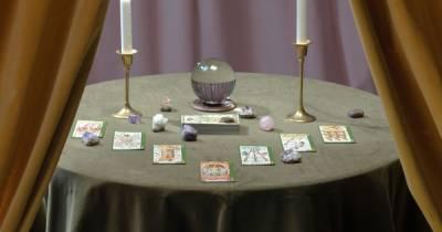 Гороскоп на 17 мая для всех знаков зодиака по картам Таро