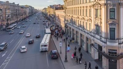Ограничения по COVID-19 продлили в Петербурге до 12 июля