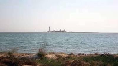Российские оккупанты начали в Азовском море поиски пресной воды для Крыма