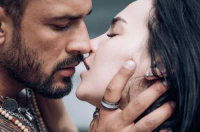 Пять знаков Зодиака, которые целуются лучше всех