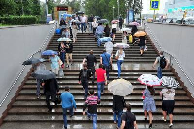 Москвичей предупредили о дожде и сильном ветре 28 мая