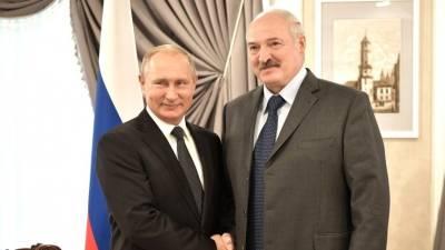 «Море становится все теплее»: Путин предложил Лукашенко искупаться в Сочи