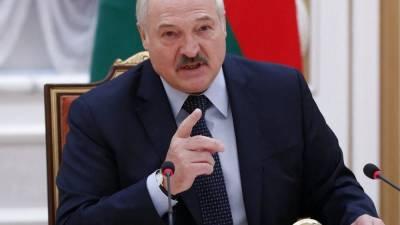 США восстанавливают санкции против Лукашенко, ЕС предлагает белорусам план помощи