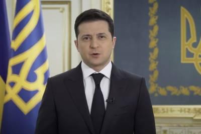 Президент страны Владимир Зеленский ранним утром обратился к жителям Киева