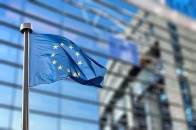 В ЕС призывают ужесточить санкции в отношении России и мира