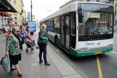В Смольном пообещали улучшить качество дорог и увеличить веломаршруты