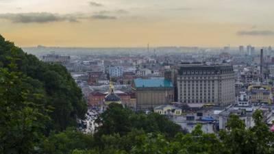 Украина договорилась о поставке еще 10 млн доз вакцины Pfizer против COVID-19