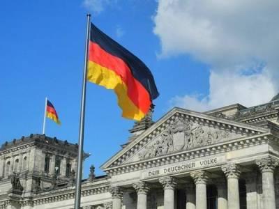Опрос показал, что жители Германии считают США большей угрозой, чем Россия