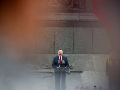 """Лукашенко назвал """"условие"""", при котором проведет досрочные выборы в Беларуси"""