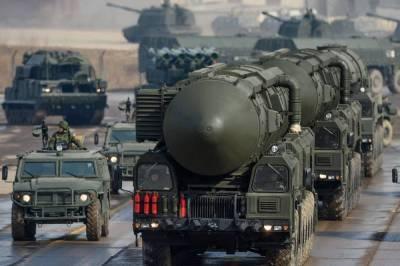 Одна из сильнейших: военный эксперт оценил военную мощь России