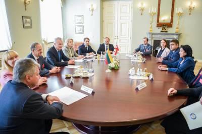 Президент Литвы посетит Грузию, выразит поддержку евроинтеграции