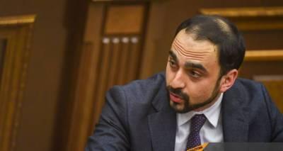 Авинян объяснил, почему оставил одного замглавы МИД Армении в должности