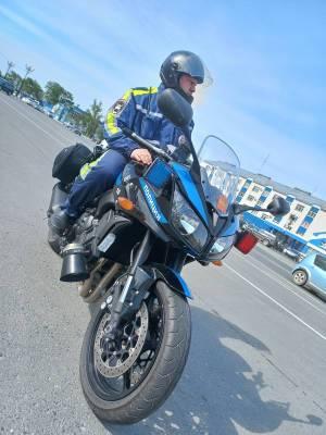 Мотопатруль следит за порядком на дорогах Южно-Сахалинска