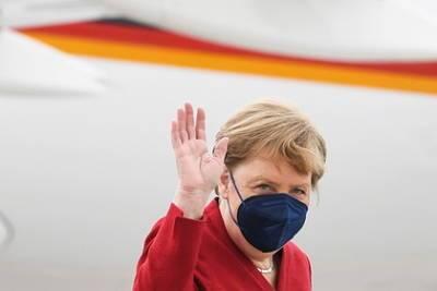 В Германии ответили на просьбу к Меркель асфальтировать дорогу в омской деревне