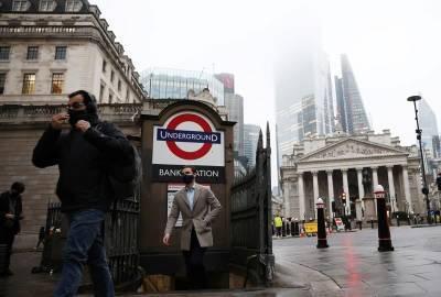 Британия может снять коронавирусные ограничения на месяц позже, чем планировалось