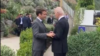 """Франция и США """"решительны и едины"""": Байден впервые встретился с Макроном"""