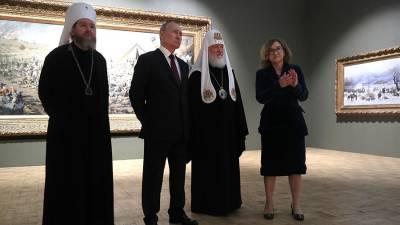 Путин посетил посвященную 800-летию Александра Невского выставку